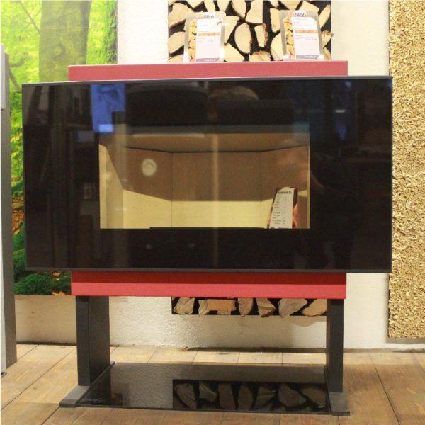 rika scena keramik rot ausstellungsmodell kaminofen shop. Black Bedroom Furniture Sets. Home Design Ideas