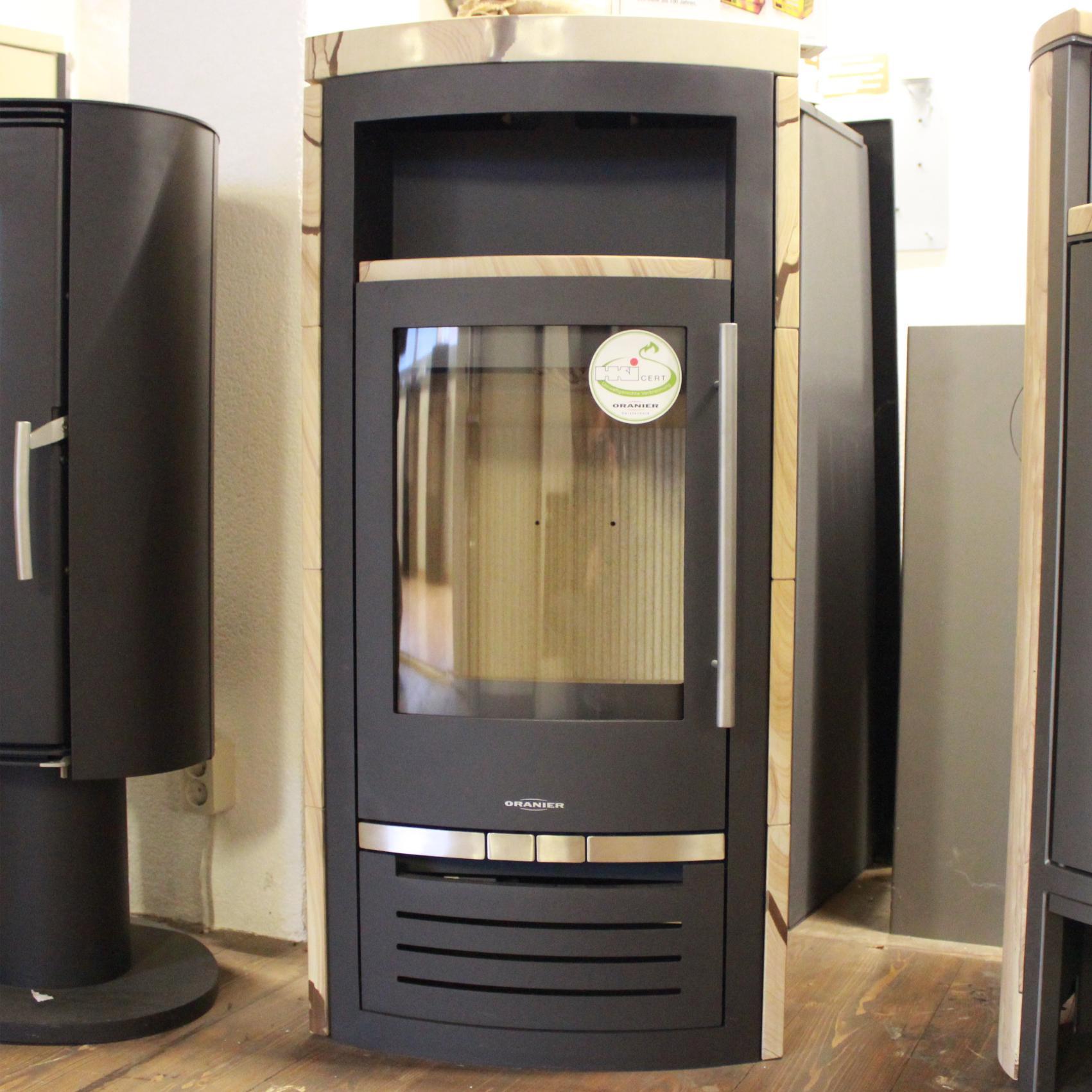 oranier hera r sandstein ausstellungsmodell kaminofen shop. Black Bedroom Furniture Sets. Home Design Ideas